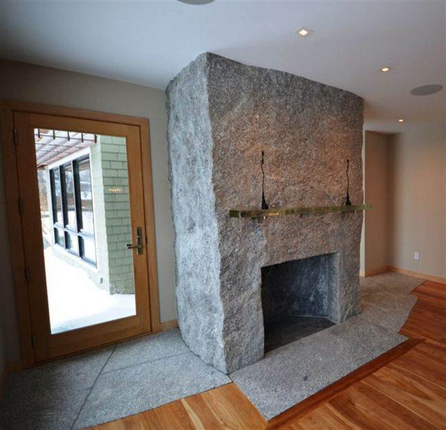 Fireplace and Chimney Freshwater Stone