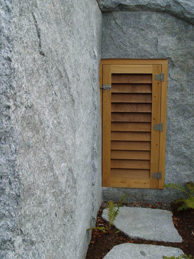 Freshwater Pearl granite wall