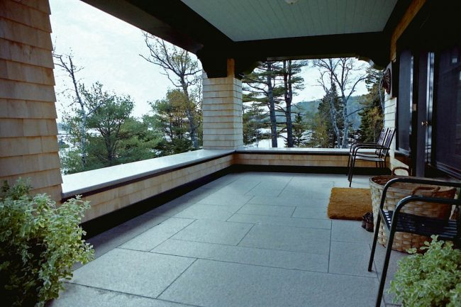 Freshwater Pearl granite wall cap and pavers