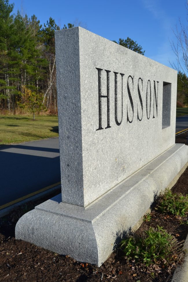 Freshwater Pearl granite sign