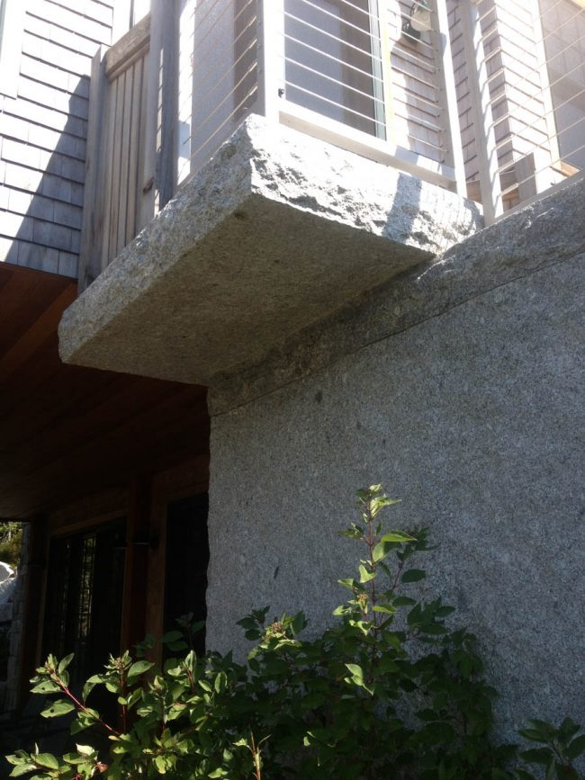 Split face Freshwater Pearl granite wall and rock face deck